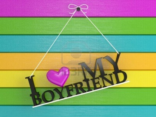 15152203 pared de madera de color etiquetados yo amo a mi novio 3d render Yo amo a mi novio